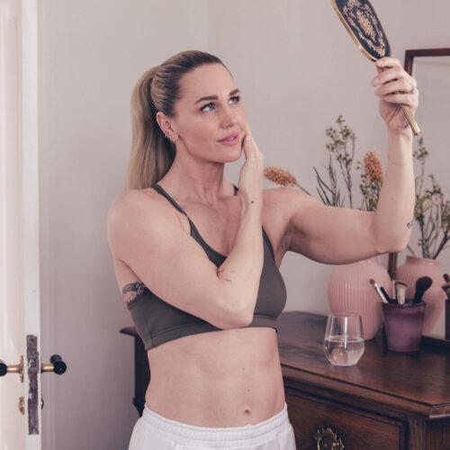 Collagen som styrker hår, hud og negle fra Copenhagen Health - Jeanette Ottesen, OL svømmer, atlet og mor